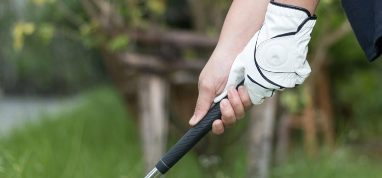 Try These 3 Best Golf Grips for Sweaty Hands (And See the Magic!)